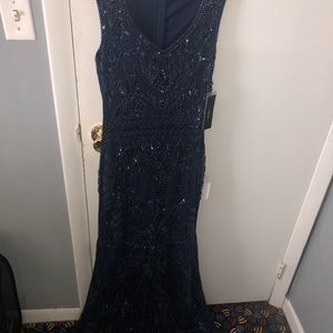 BEAUTIFUL LONG SEQUENCED EVENING GOWN